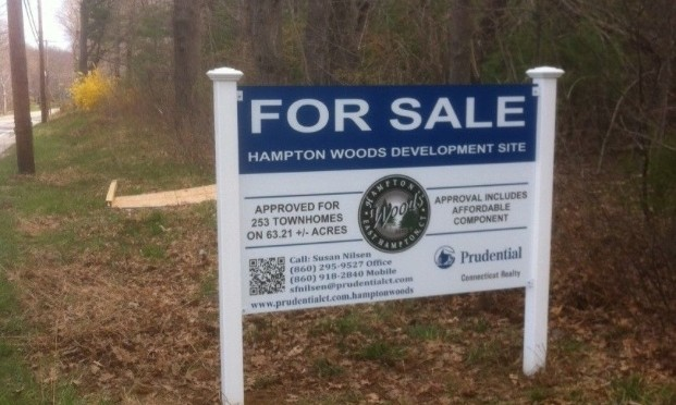 Homebuilding signs